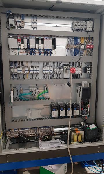 Quadro elettrico realizzato con normativa USA